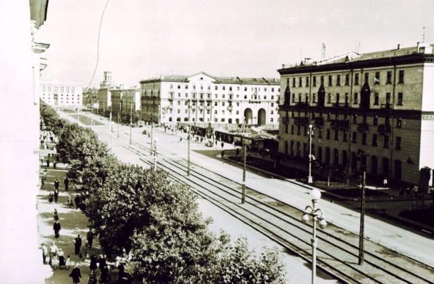 Советский проспект с трамвайными путями