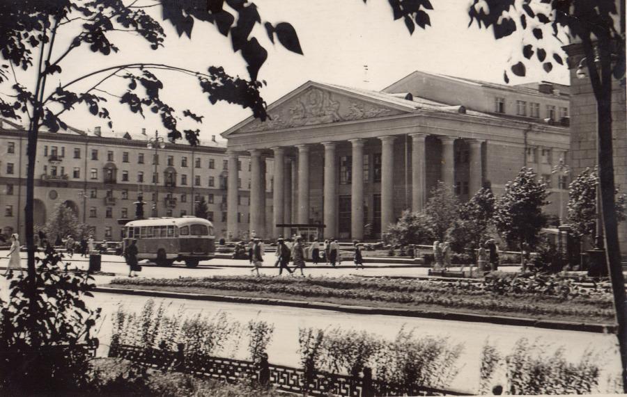 Драмтеатр, 1968 год